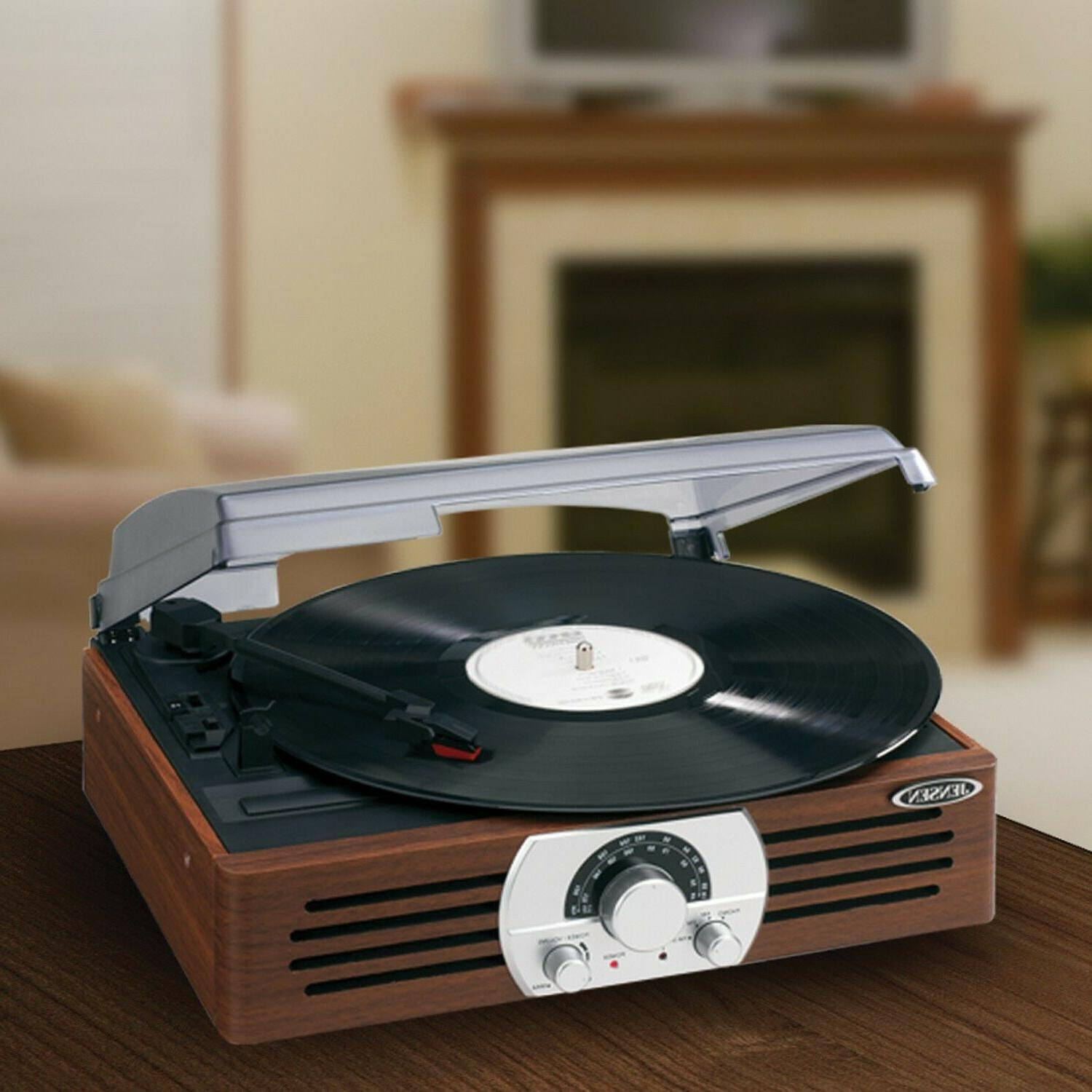 Jensen Stereo Turntable with Stereo Brand